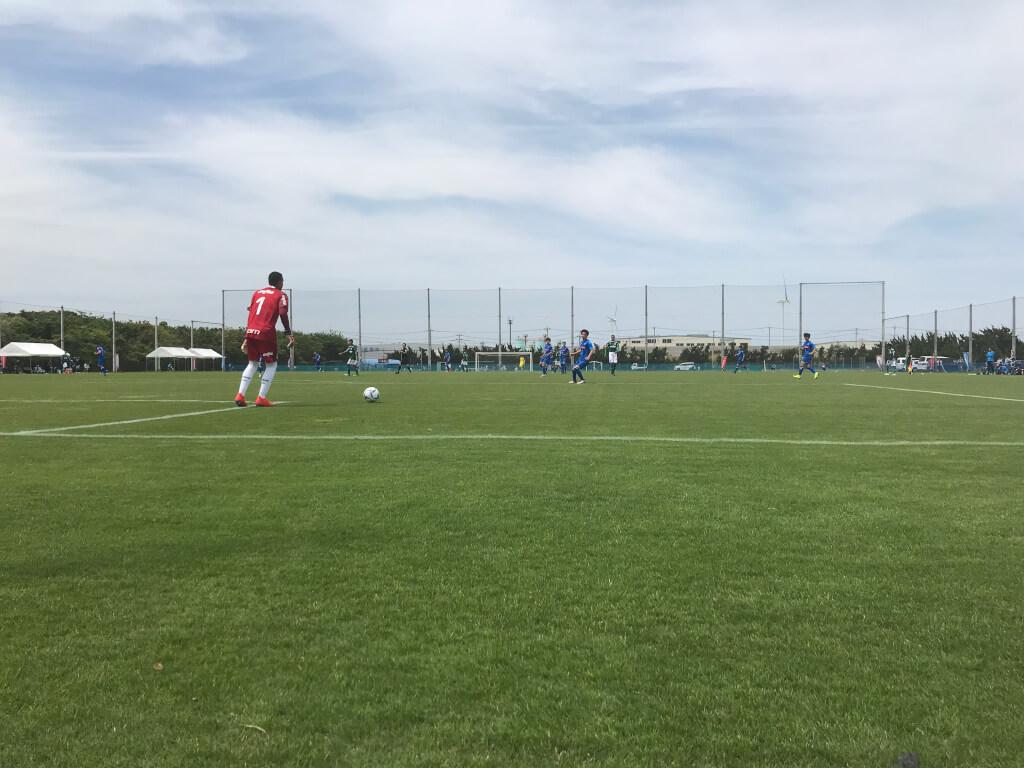 「ボールを持つな!」と言う日本のサッカーチームのセオリー~レオ・シルバがゴール前でボールをコネる理由について~